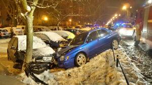 Wpadł w poślizg na Ursynowie. Uszkodził cztery samochody