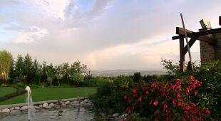 Nowoczesny toskański ogród na łagodnym zboczu, odc. 424